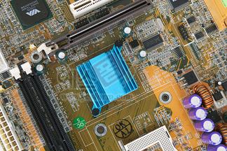 컴퓨터부품